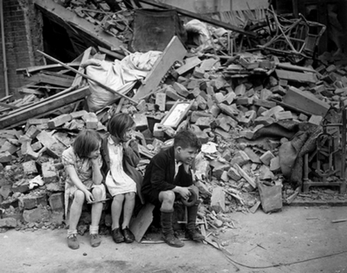 WAR & CONFLICT BOOKERA:  WORLD WAR II/WAR IN THE WEST/BATTLE OF BRITAIN