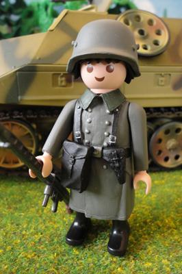 mitrailleur en manteau2